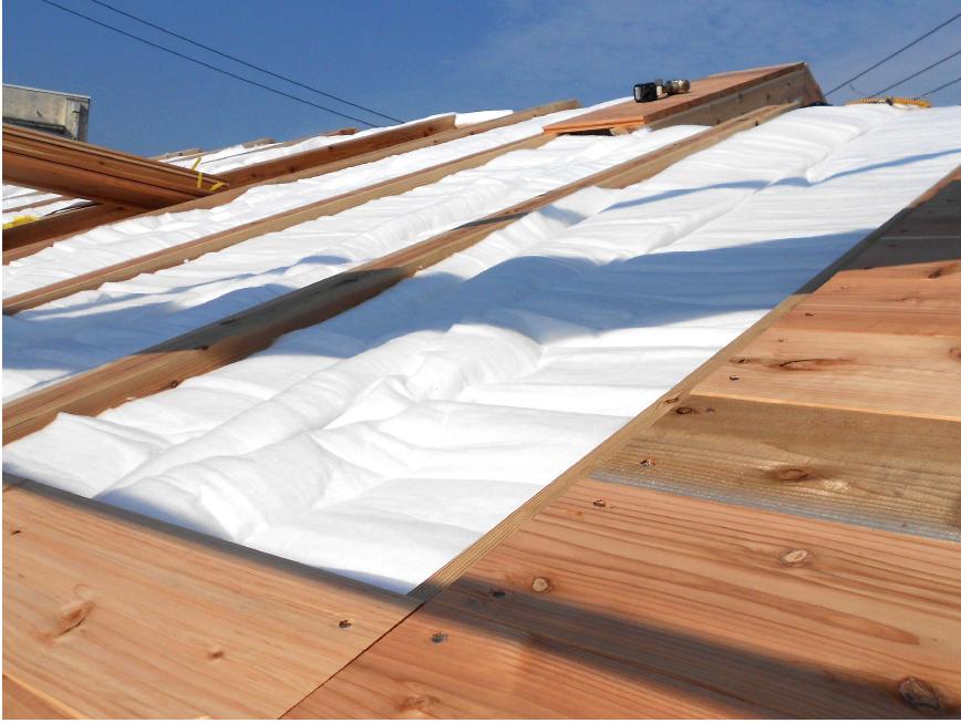保温性と調湿効果で充分な暖かさがある家です。