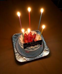 高島さんお誕生日ケーキ