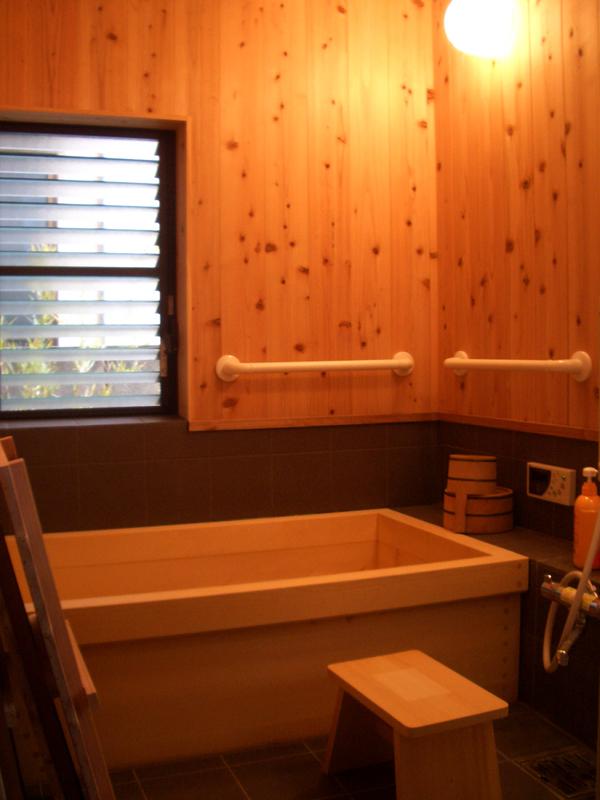浅香 K邸『さくらの家』 高野槙浴槽