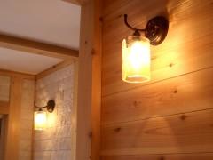 八尾萱振の家o邸 廊下の間接照明