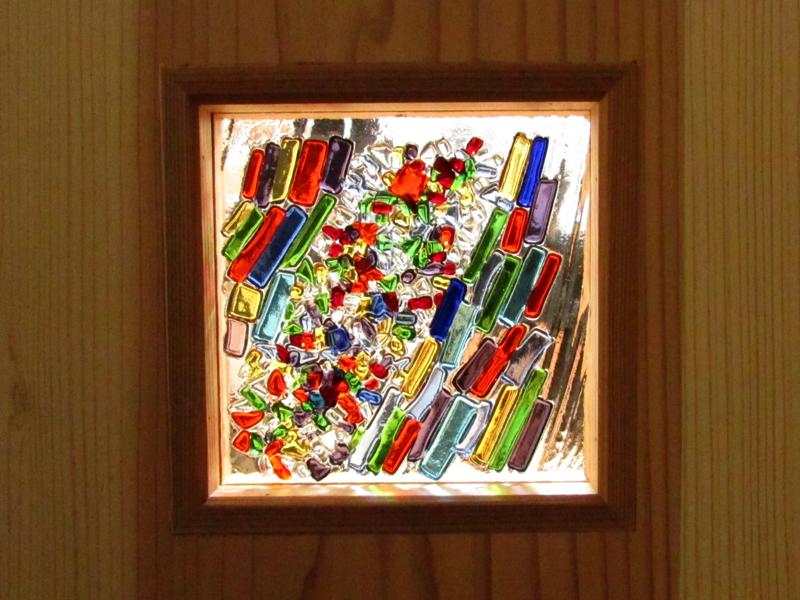 東大阪御厨 M邸 after 施主様手作りのガラスクラフト。