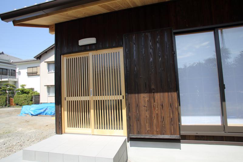 和歌山九度山 S様邸『自然を感じる無垢の家』 玄関