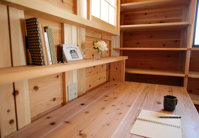 和歌山九度山 S様邸『自然を感じる無垢の家』 2Fアトリエ