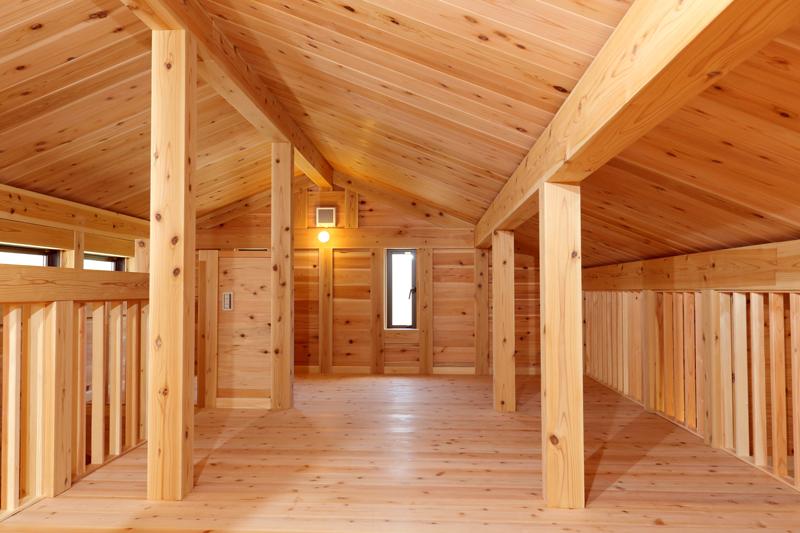 和歌山九度山 S様邸『自然を感じる無垢の家』 屋根裏