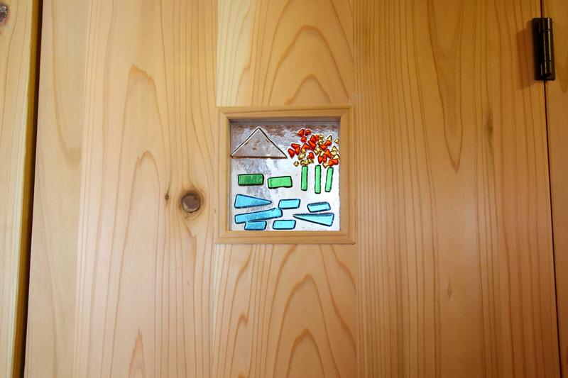 和歌山九度山 S様邸『自然を感じる無垢の家』 お施主様手作りのガラスクラフト。