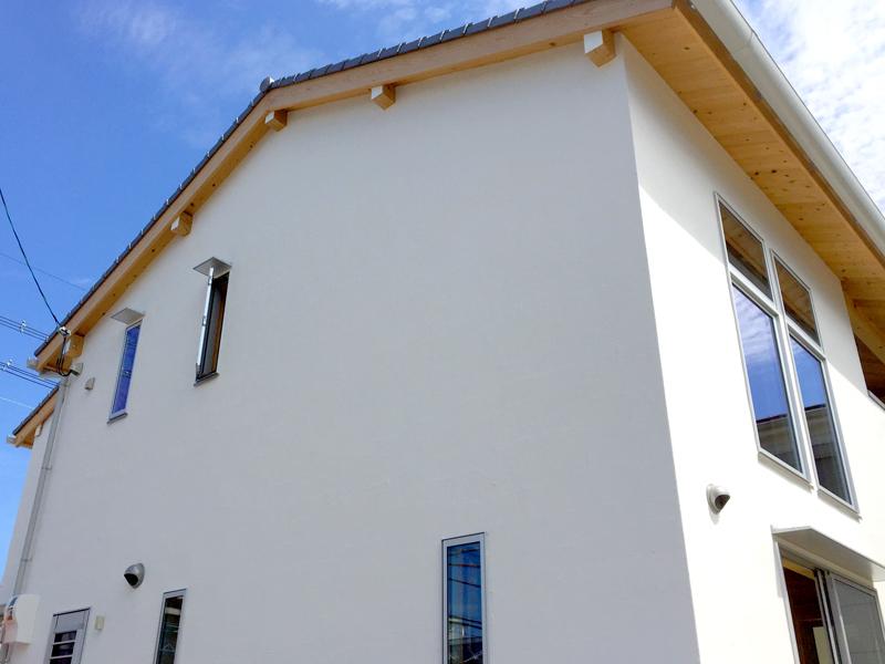 八尾刑部 G邸『漆喰とタイルの無垢の家』 外観