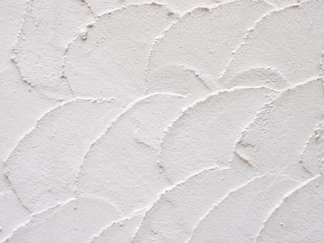 部分的に漆喰を使用