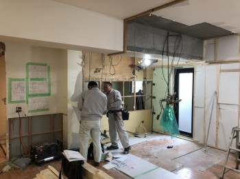 大阪旭区 自然素材のマンションリフォーム 部分解体続き01