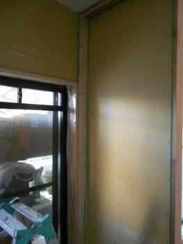 大阪旭区 自然素材のマンションリフォーム 下地ボード貼り01