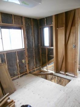 奈良広陵 無垢と漆喰の耐震リフォーム 2階床補強下地02