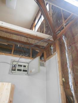 奈良広陵 無垢と漆喰の耐震リフォーム 電気工事開始02