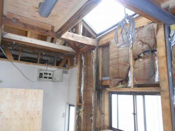 奈良広陵 無垢と漆喰の耐震リフォーム 電気工事開始01