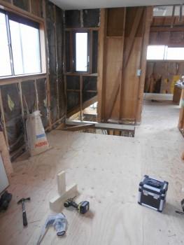 奈良広陵 無垢と漆喰の耐震リフォーム 2階床補強下地03