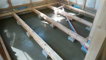 奈良広陵 無垢と漆喰の耐震リフォーム 土間防湿コンクリート打設