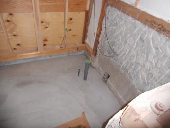 奈良広陵 無垢と漆喰の耐震リフォーム 浴室部分レベル調整01