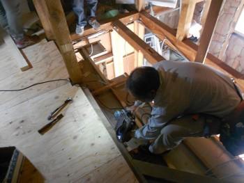 奈良広陵 無垢と漆喰の耐震リフォーム ロフト部分工事01