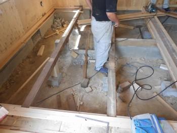 奈良広陵 無垢と漆喰の耐震リフォーム 和室部分床下01
