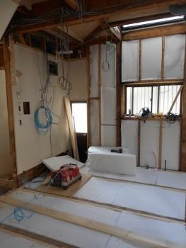 奈良広陵 無垢と漆喰の耐震リフォーム 床下断熱材01