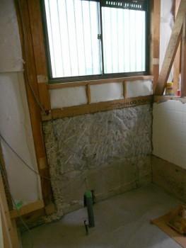 奈良広陵 無垢と漆喰の耐震リフォーム 浴室部分レベル調整02