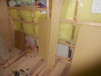 奈良広陵 無垢と漆喰の耐震リフォーム ガス配管施工01