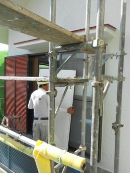 奈良広陵 無垢と漆喰の耐震リフォーム 雨戸塗装01