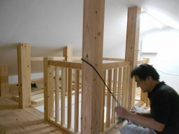 奈良広陵 無垢と漆喰の耐震リフォーム ロフト手すり01