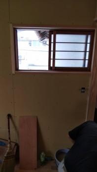 八尾弓削 自然素材リフォーム 2階木製建具枠02