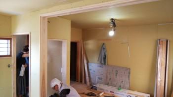 八尾弓削 自然素材リフォーム 2階木製建具枠01