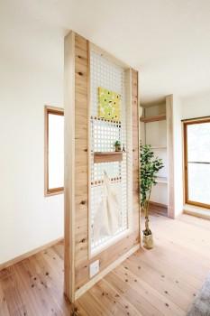 奈良広陵 S邸 耐震リフォーム after リビングの透光性耐震壁。