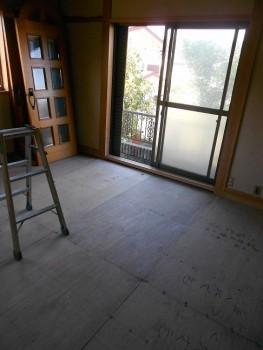 大阪 交野 自然素材健康住宅の耐震リフォーム 畳撤去01