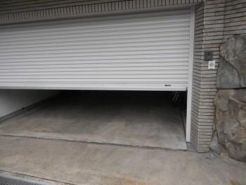 大阪 交野 自然素材健康住宅の耐震リフォーム ガレージシャッター取替02