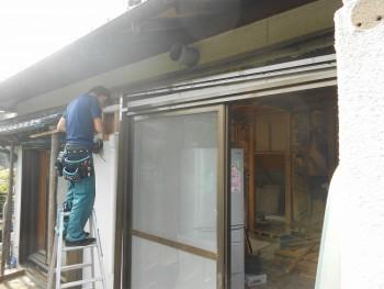 大阪 交野 自然素材健康住宅の耐震リフォーム 電動シャッター取付01