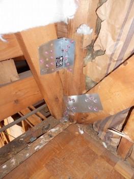 大阪 交野 自然素材健康住宅の耐震リフォーム 筋違金物補強01