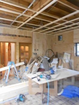 大阪 交野 自然素材健康住宅の耐震リフォーム 天井下地組み01