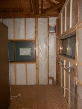 大阪 交野 自然素材健康住宅の耐震リフォーム 2階壁下地材施工02