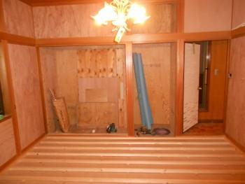 大阪 交野 自然素材健康住宅の耐震リフォーム 2階床根太施工02