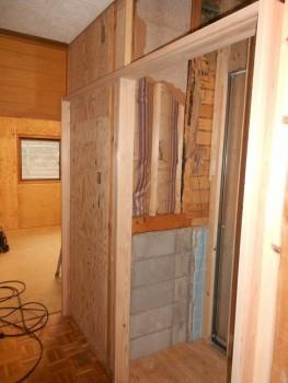 大阪 交野 自然素材健康住宅の耐震リフォーム 建具枠施工01