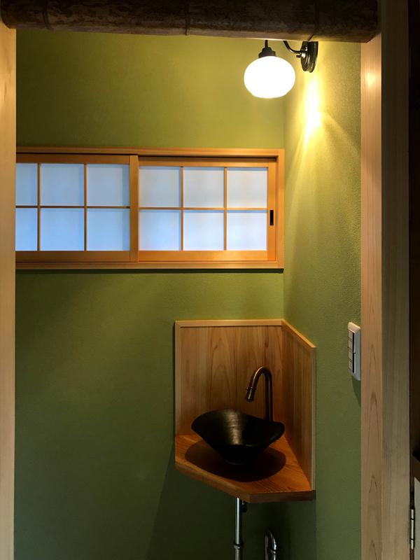 八尾弓削 T様邸 自然素材リフォーム after 手洗い。