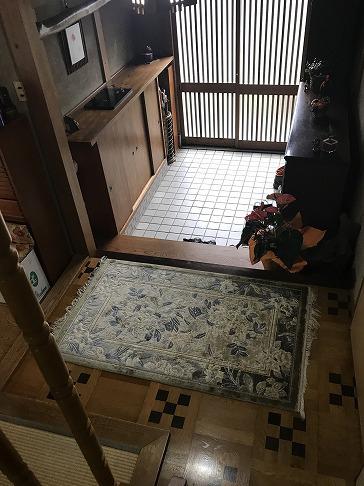 八尾弓削 T様邸 自然素材リフォーム before 玄関。
