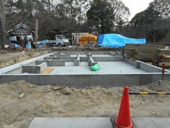 【基礎工事】服部緑地「板倉造り」事務所棟移築 型枠外し01