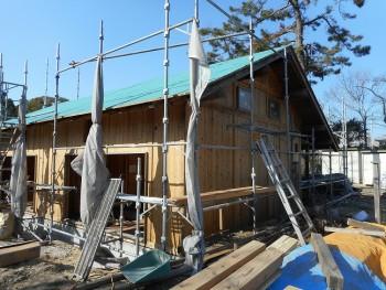 【屋根~外壁】服部緑地「板倉造り」事務所棟移築 屋根防水ルーフィング02