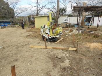 服部緑地「板倉造り」事務所棟移築 地盤調査01