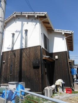 堺南野田 ゼロエネの板倉造りの家 外構 調査02