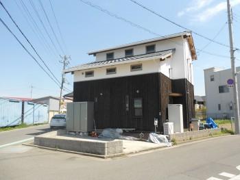 堺南野田 ゼロエネの板倉造りの家 外構 調査01