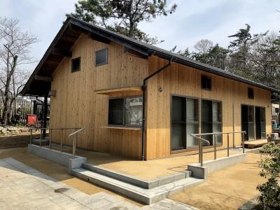 服部緑地 日本民家集落博物館 板倉造りの事務所棟 外観01