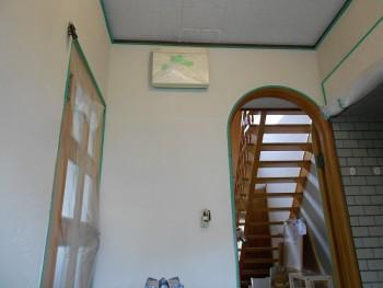 大阪 交野 自然素材健康住宅の耐震リフォーム 裏玄関壁漆喰下塗り03