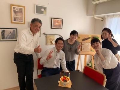 高島さんお誕生日1|丹陽社