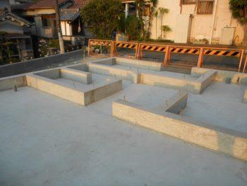 東大阪客坊 大阪平野を一望する家 基礎工事完了02