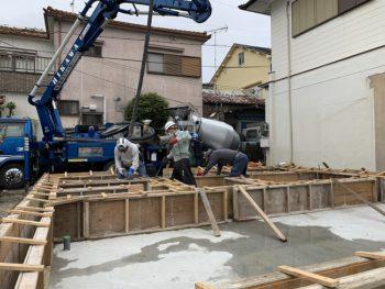 東大阪客坊 大阪平野を一望する家 コンクリート打設01